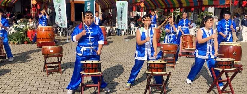 鼓樂隆隆磅礡~臺南慈濟高中太鼓校隊受邀到安平聯絡處、安平家樂福演出。(20190217)